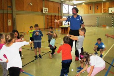Fotoalbum Tischtennis macht Schule: kleiner Ball – großer Sport
