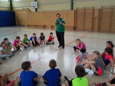 Fotoalbum SC DHfK macht Schule in Cavertitz-präsentiert von Allianz