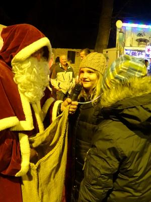 Fotoalbum 5. Weihnachtliches Markttreiben der Stadt Nienburg (Saale)