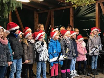 Fotoalbum Auftritt auf dem Weihnachtsmarkt in Sommerfeld