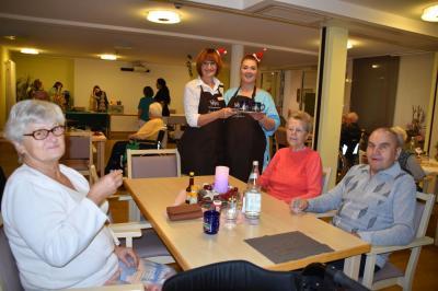 Fotoalbum Weihnachtsbasar im AWO Seniorenpflegezentrum in Wittenberge