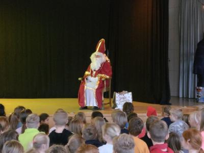 Fotoalbum Nikolaustag in der Schule 2018