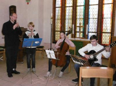 Fotoalbum Blockflöte und Cello im Kirchencafé