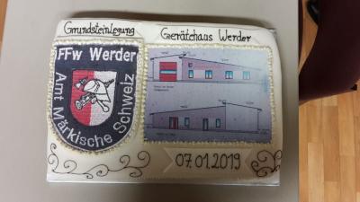 Foto des Albums: Grundsteinlegung für ein Gerätehaus in Werder (07.01.2019)