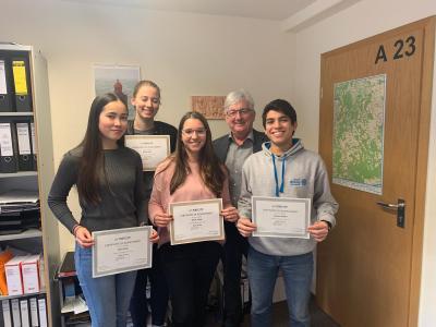 Fotoalbum WHG-Schüler erwerben das TOEFL-Zertifikat/WHG St. Goarshausen ist jetzt TOEFL -Testzentrum