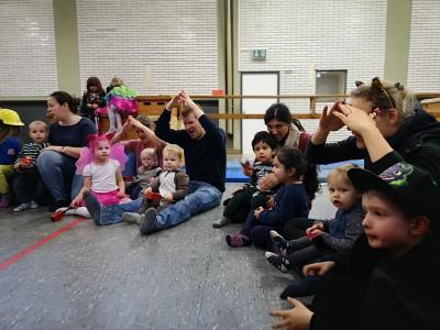 Fotoalbum Rosenmontag in der Eltern-Kind-Gruppe 1