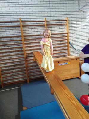 Fotoalbum Faschingfeier bei der Eltern-Kind-Gruppe 4