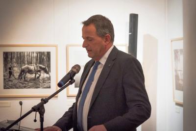 """Fotoalbum Fotoausstellung """"Brandenburger Notizen: Fontane - Krüger - Kienzle"""" eröffnet"""