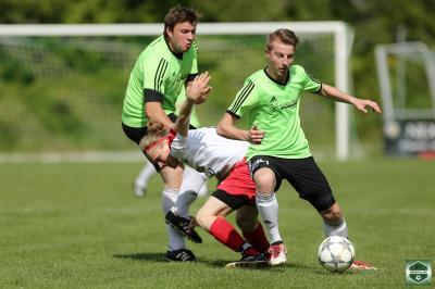 Fotoalbum SV Oberpolling gegen DJK Neßlbach mit Saison-Abschlussfeier