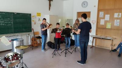 Fotoalbum Kreismusikschule stellt Instrumente vor