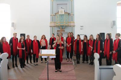 """Fotoalbum Waldsolmser Frauenchor """"Get together"""" wird beim Jubiläumskonzert gefeiert"""