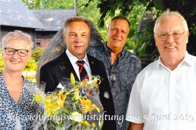 Fotoalbum Besondere Auszeichnung für Obermeister Ulf Ender