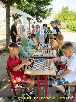 Foto des Albums: Zum Schuljahresausklang feiern wir (18.06.2019)