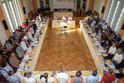 Fotoalbum Konstituierende Sitzung der SVV im Rathaussitzungssaal