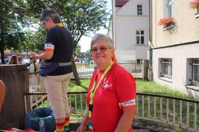 Fotoalbum Erster Christopher-Street-Day und Hissung der Regenbogenflagge
