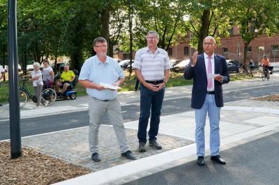 Fotoalbum Neue Querungshilfe Kietz/Bürgerpark übergeben