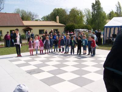 Fotoalbum Programm der Kita-Kinder zum Frühlingsfest in Casekow