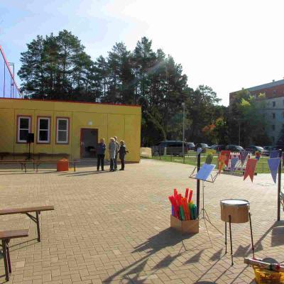 Fotoalbum Einweihung des neu gestalteten Schulhofes in Walddrehna