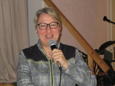 Fotoalbum Versammlung mit Referentin Claudia Brandt- Thema: Demenz