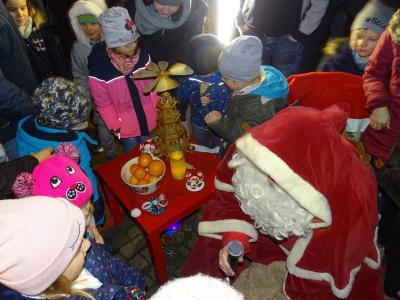 Fotoalbum 6. Weihnachtliches Markttreiben der Stadt Nienburg (Saale)