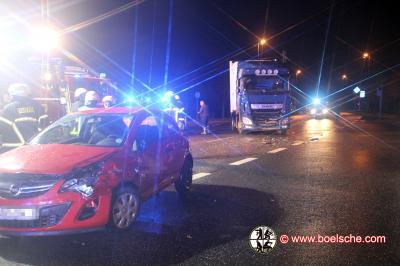 Fotoalbum Verkehrsunfall ARAL