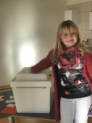 "Fotoalbum Kinderratswahl im Hort ""Am alten Schloß"""