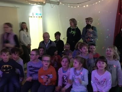 Fotoalbum Singen im Advent: Weihnachtssingen mit Gästen