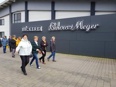 """Fotoalbum Landfrauenverein Lohne - Besichtigungsfahrt zur Bäckerei """"Behrens-Meyer"""" in Garrel am 21.02.2020"""