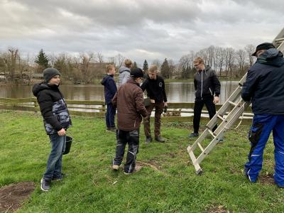Fotoalbum Gewässer-Verbesserer auch am Neuvorwerksteich in Allstedt in Aktion