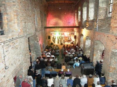Fotoalbum Konzert mit Java-Five in der Schlossruine Dahme/Mark