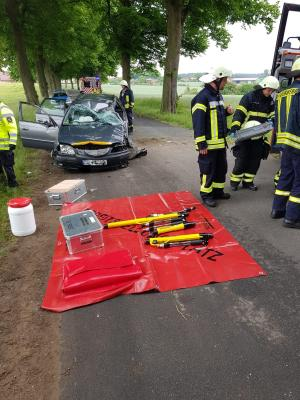 Fotoalbum Verkehrsunfall K126 Lübz - Benzin