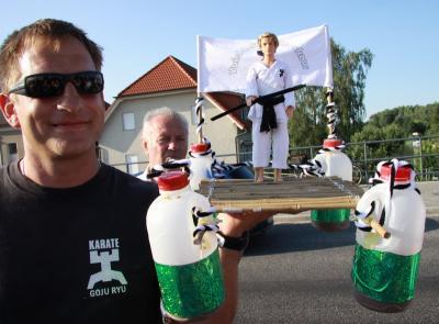 Foto des Albums: Schwimmkörper (03.07.2009)