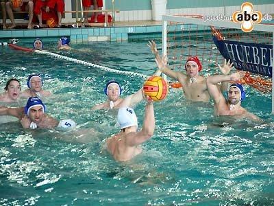 Foto des Albums: Wasserball-Bundesliga am Brauhausberg (24.04.2010)
