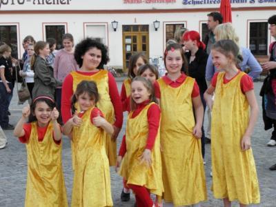 Foto des Albums: Vom Maibaumtanz zum Hexenfeuer (30.04.2010)