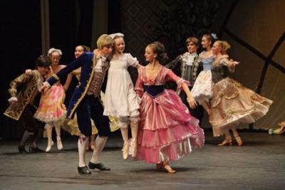 """Fotoalbum Ballett """"Der Nussknacker"""" im Kultur- und Festspielhaus"""
