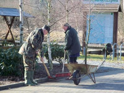 Fotoalbum Frühjahrsputz  u. Tag der Gewässerpflege 2011