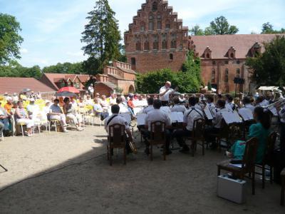 Fotoalbum Pfingstkonzert 2011 auf der Plattenburg
