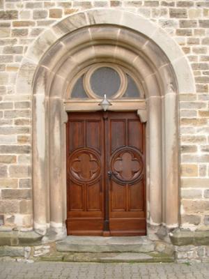 Fotoalbum Kirche Druxberge - Restaurierung der Eingangstür