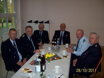 Foto des Albums: Jahresendveranstaltung der Alters-und Ehrenabteilung in Sachsendorf 28.10.2011 18Fotos (28.10.2011)