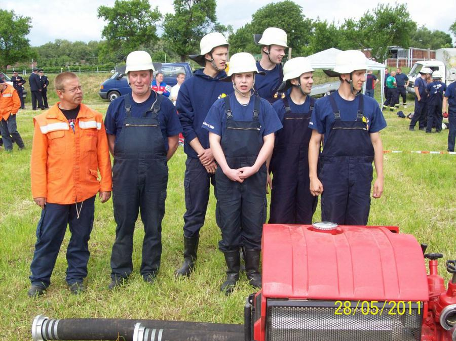 18.05.2011 Team FF Neuentempel