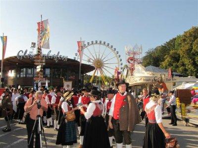 Fotoalbum Herbstfesteinzug 2011