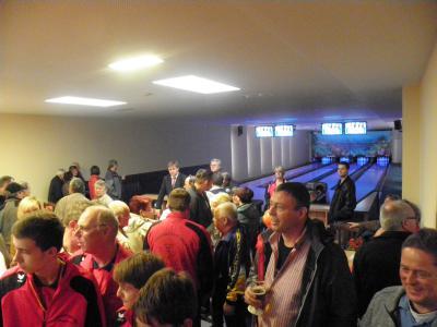 Foto des Albums: Eröffnung Bowlingbahn/ Wiedereröffnung Sporthalle (31.10.2013)