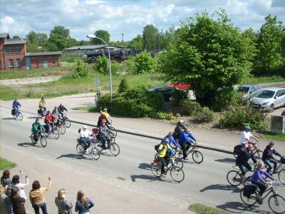 Fotoalbum Tour de Prignitz 2014 - Empfangsspalier in Meyenburg