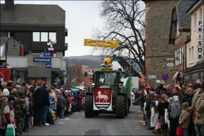 Fotoalbum Festzug Gederner Karneval