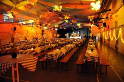Fotoalbum Oktoberfest 2014 im B1 Sport & Freizeit