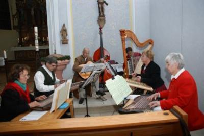 Fotoalbum Volksliedsingen in der Kirche