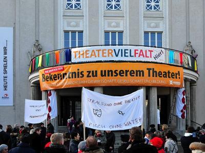 Fotoalbum Stadttheater: Bedrohtes Kulturerbe Ohne wär's nur Provinz
