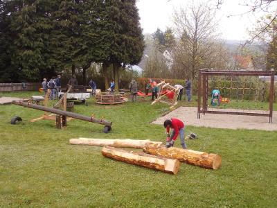 Fotoalbum Arbeitseinsatz am Kinderspielplatz in Thiergarten