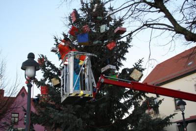 Fotoalbum Frömmstedter Weihnachtsbaumschmücken und Märchen 2015 - Schneeweißchen und Rosenrot
