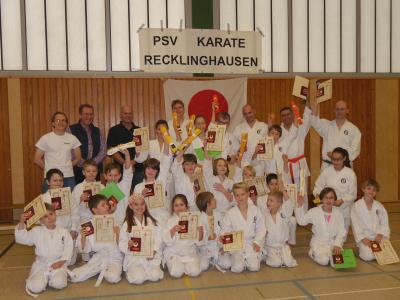 Fotoalbum Prüfungen im Dojo 05.12.15